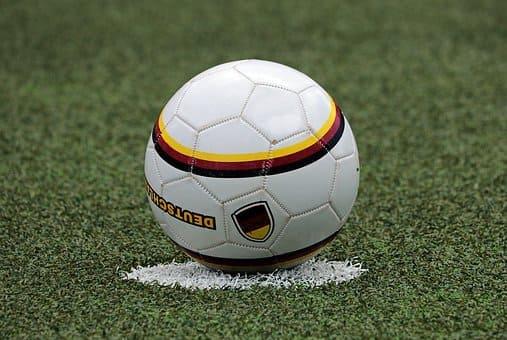 pelota en kaqchikel y español